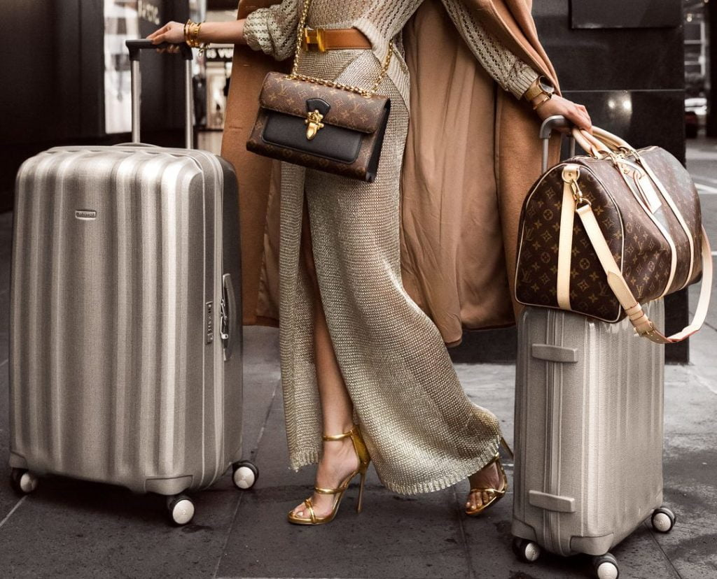 mykonos-vip-luggage-storage