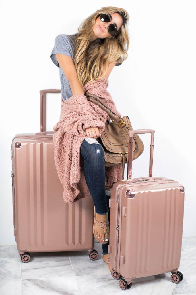 mykonos-luggage-giveaway