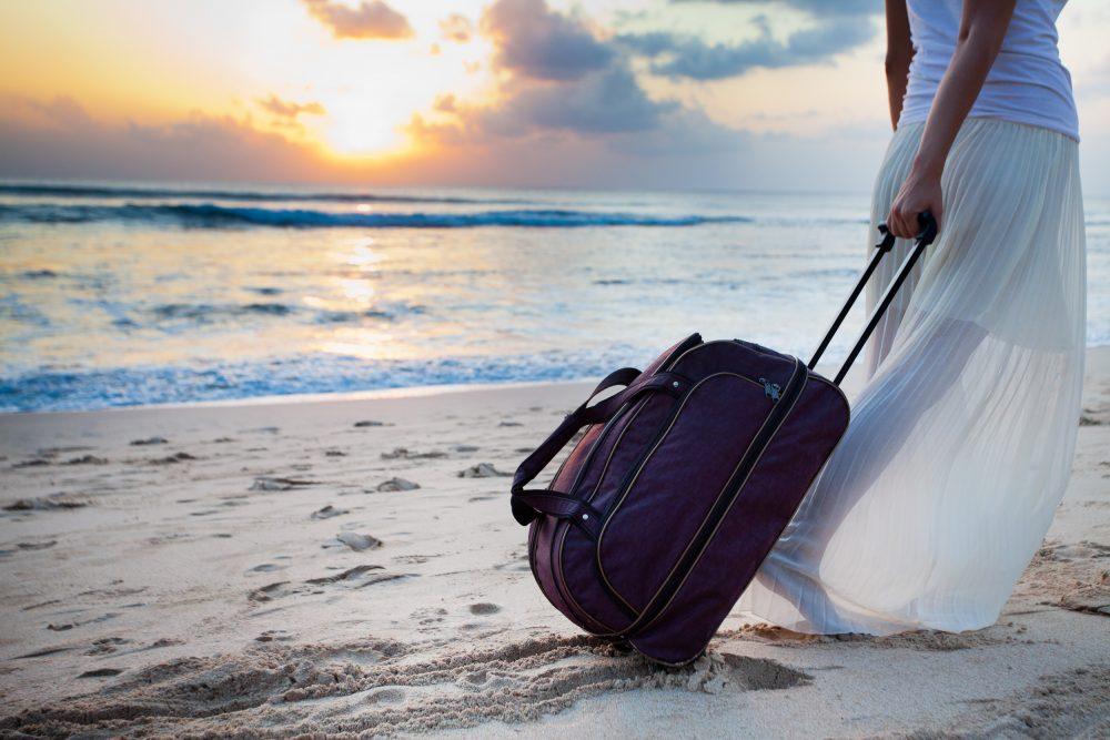 mykonos-beach-baggage-storage