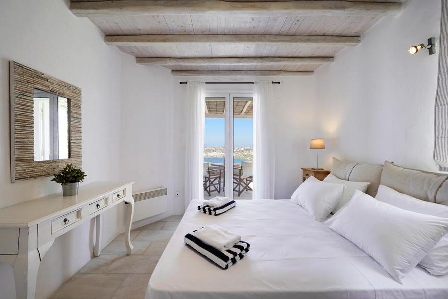 Mykonos Syni Villa Bedroom