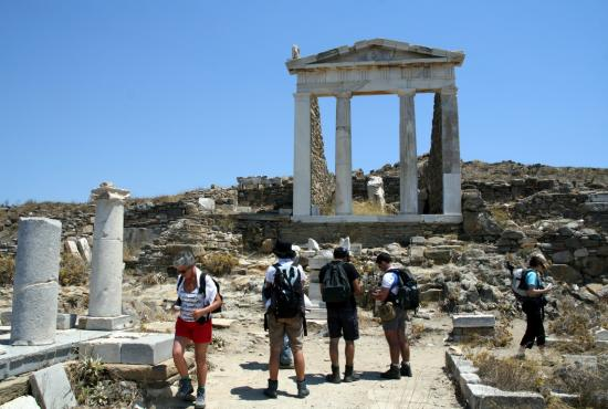 delos_island_temple_of_apollo