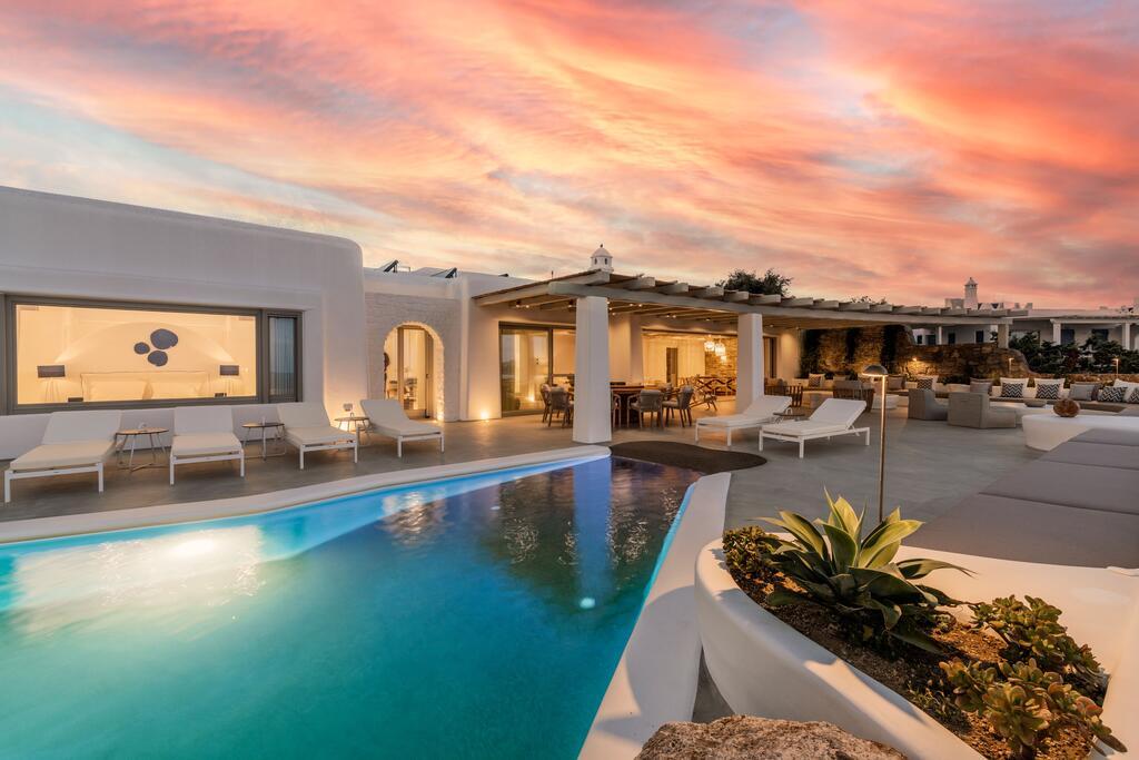Villa Martin In Mykonos Pool