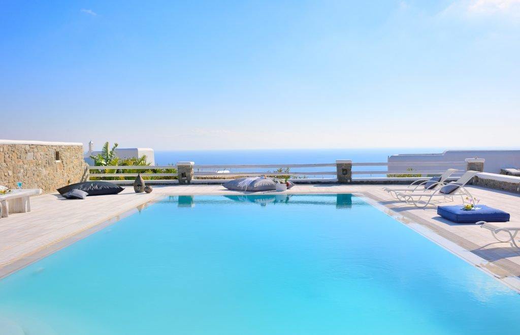 Villa Sergio Azzaro in Mykonos Pool