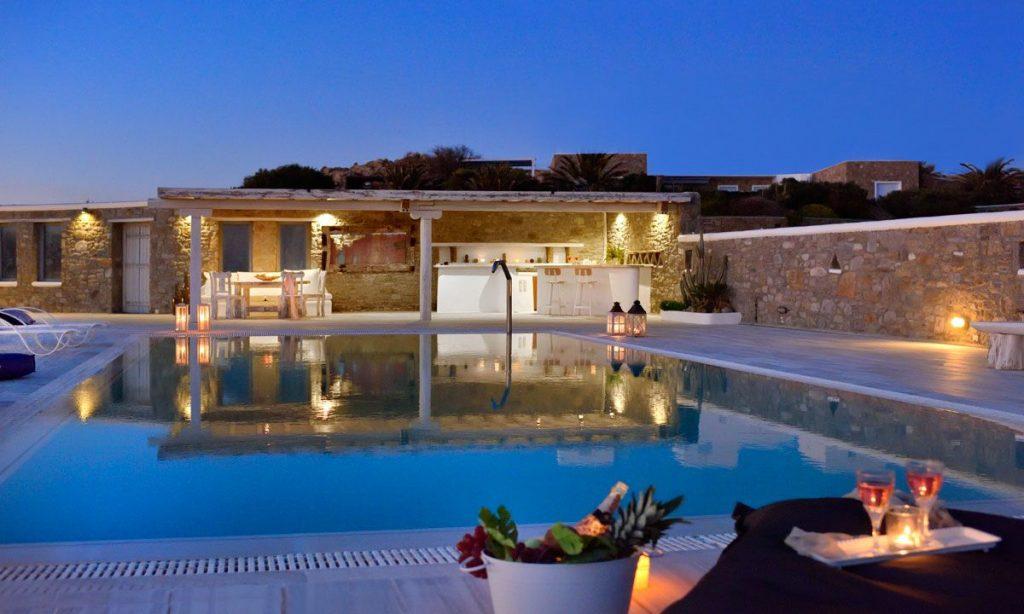 Villa Sergio Azzaro In Mykonos 6 Bedrooms